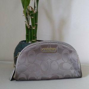 Coach x Estee Lauder   Cosmetic Case Limited Ed.